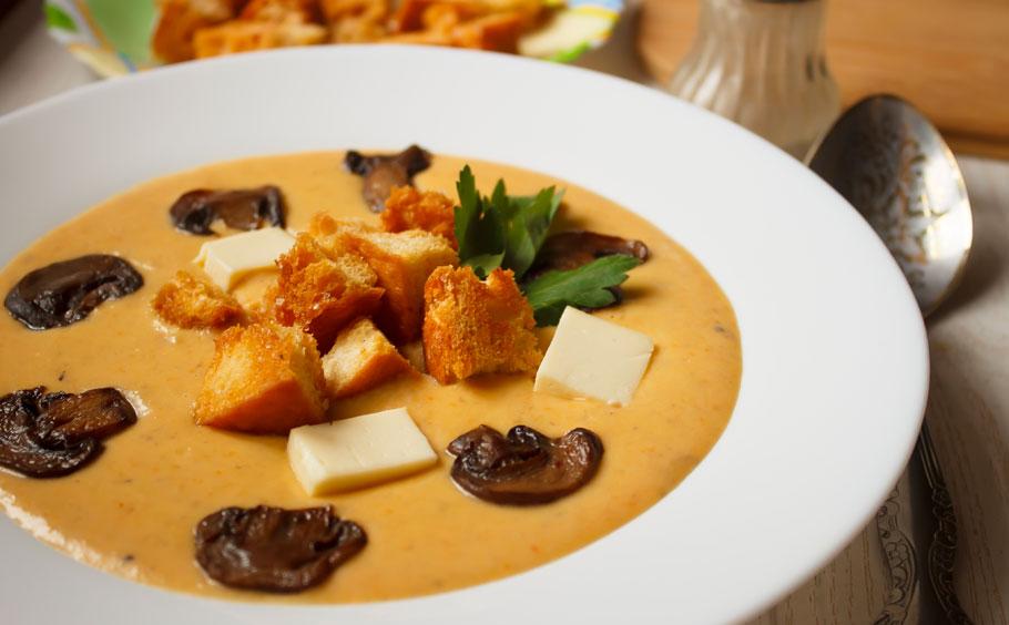 Суп-пюре из кабачков с плавленным сыром - 8 пошаговых фото ...